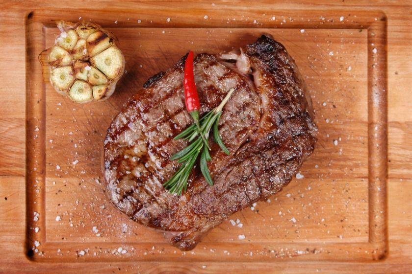как приготовить стейк из говядины на мангале