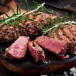 Специалисты рассказали, в каких случаях можно употреблять приготовленное с кровью мясо